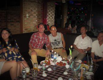 Een dolle avond op een Vietnamees verjaardagsfeest in Dalat
