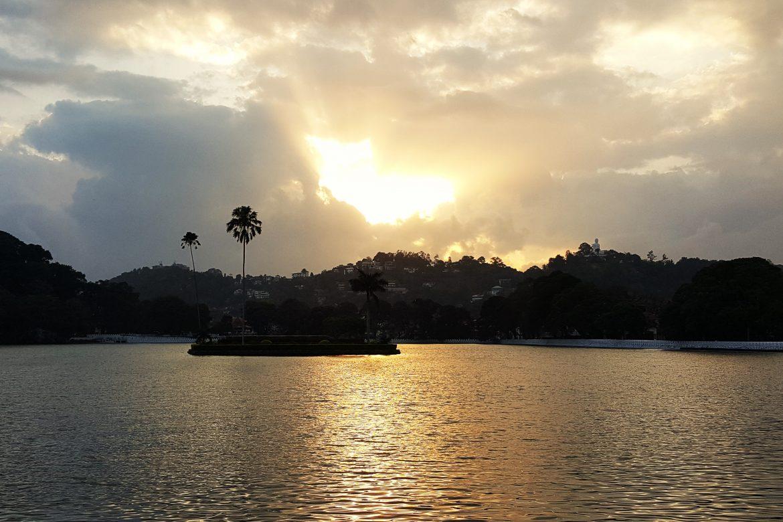 Leuke tips voor chaotisch Kandy: doen, eten en slapen