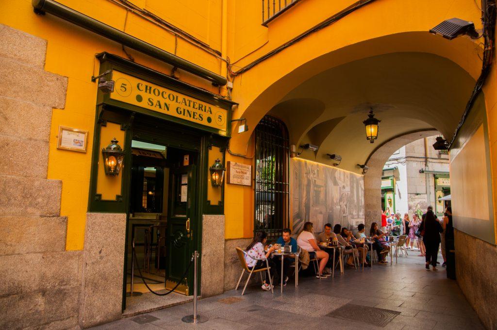eten in Madrid - churros bij San Ginés
