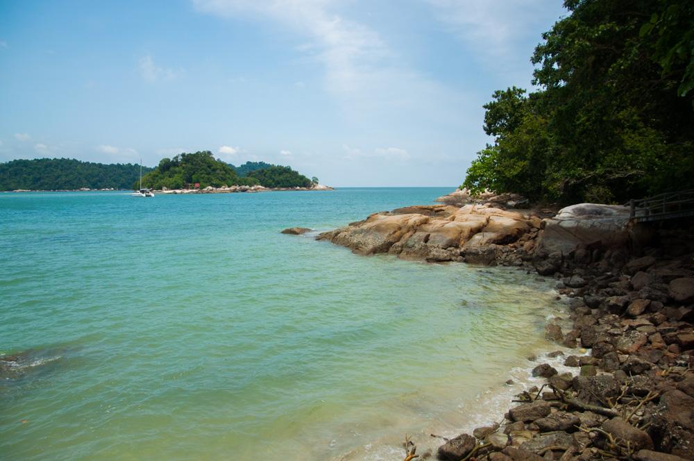 route door Maleisië - strand op het eilang Pangkor
