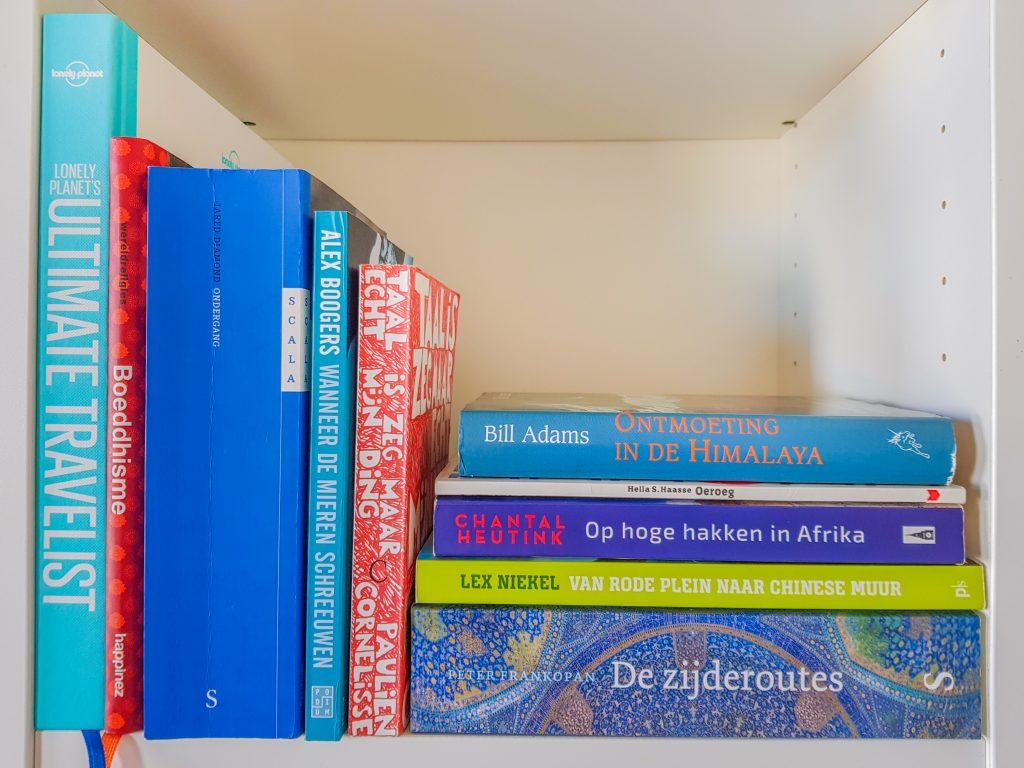boeken over reizen - boekenplank