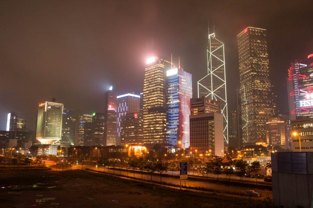 redenen om china op je bucketlist te zetten - skyline Hongkon