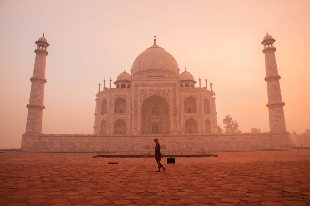 Budget India Taj Mahal