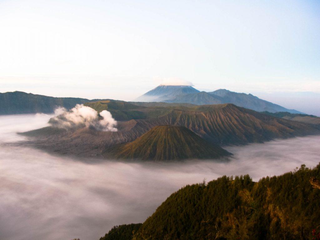 wat kost backpacken in azië? Indonesië Bromo
